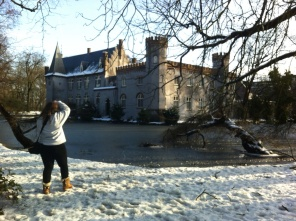 But my Aunt and I endured and had a mini photo lesson at the Boxtel castle.