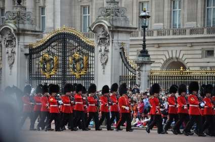 When we went to London, we arrived at Buckingham Palace right at the changing of the guards. Typical tourists: we didn't have a clue why so many people were gathering around the palace.